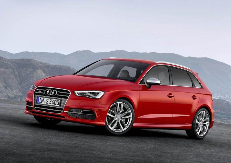 Der neue Audi S3 Sportback in der Front- Seitenansicht
