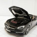 Unter der Haube des Brabus 800 Roadster arbeitet ein 800 PS starker Motor