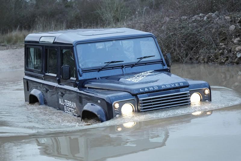So kennt man ihn, den Land Rover Electric Defender