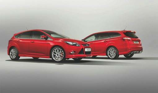 Ford Focus Ecoboost S in der Farbe Race-Rot