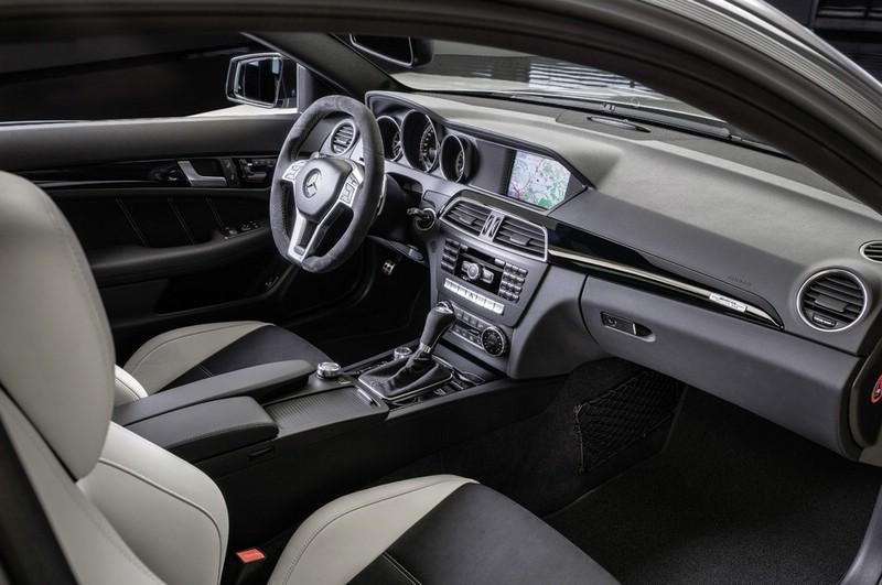 Der Innenraum des Mercedes-Benz C 63 AMG Edition 507