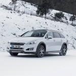 Der Peugeot 508 RXH im Winter bei den Tests