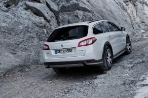 Das Heck des Peugeot 508 RXH Heckschürze Rückleuchten