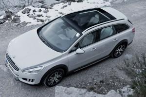 Der neue Peugeot 508 RXH aus der Vogelperspektive