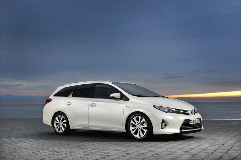Toyota Auris Touring Sports Exterieur Bilder