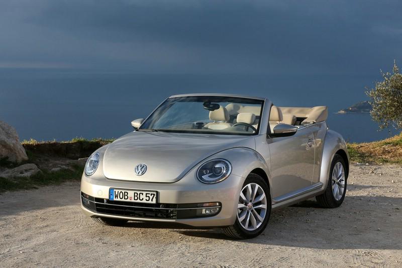 Volkswagen Beetle Cabrio 2013 in der Frontansicht