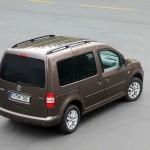 VW Caddy in der Heckansicht Exterieur Fotos