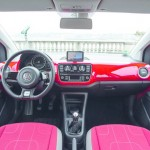 Das Armaturenbrett des Volkswagen Cross Up