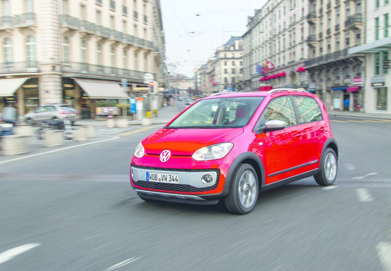 Volkswagen Cross Up 2013 in Rot