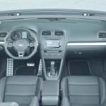 Das Armaturenbrett des Volkswagen Golf R Cabrio
