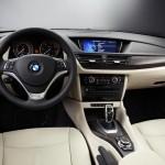 Das Cockpit des BMW X1 xDrive 1.8d