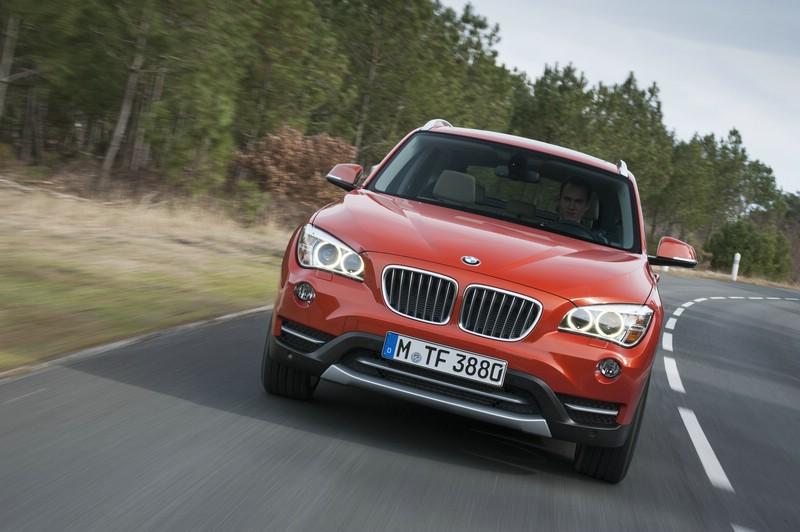Die Frontpartie des BMW X1 xDrive 1.8d