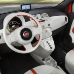 Das Cockpit des Elektro Fiat 500e