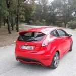 Die Heckansicht des Ford Fiesta ST (Exterieur Bilder, 2013, rot)