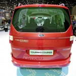 Ford Tourneo Courier auf Autosalon Genf 2013
