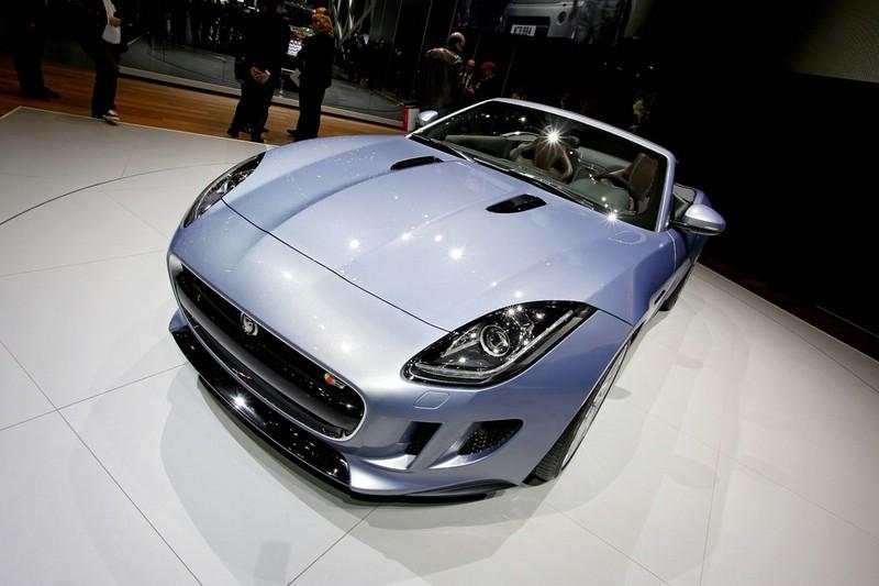 Vorstellung des Jaguar F-Type auf dem Genfer Autosalon 2013