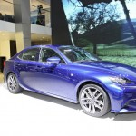 Lexus IS 300h auf Autosalon Genf 2013