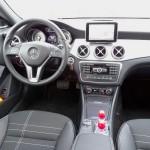Das Armaturenbrett des Mercedes-Benz CLA 250