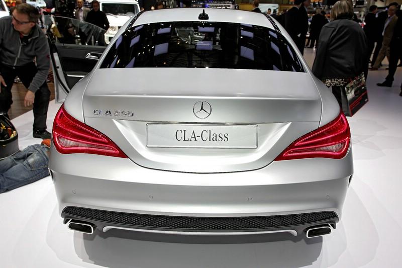 Mercedes-Benz CLA auf Autosalon Genf 2013