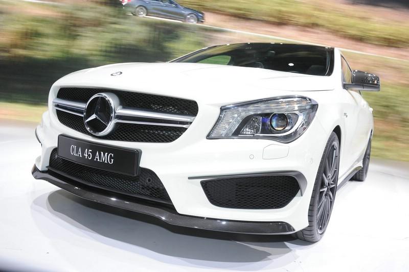 Mercedes-Benz CLA 45 AMG auf der New Yorker Auto Show 2013
