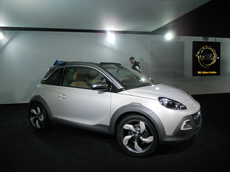 Exterieur Bilder zum Opel Adam Rocks Concept