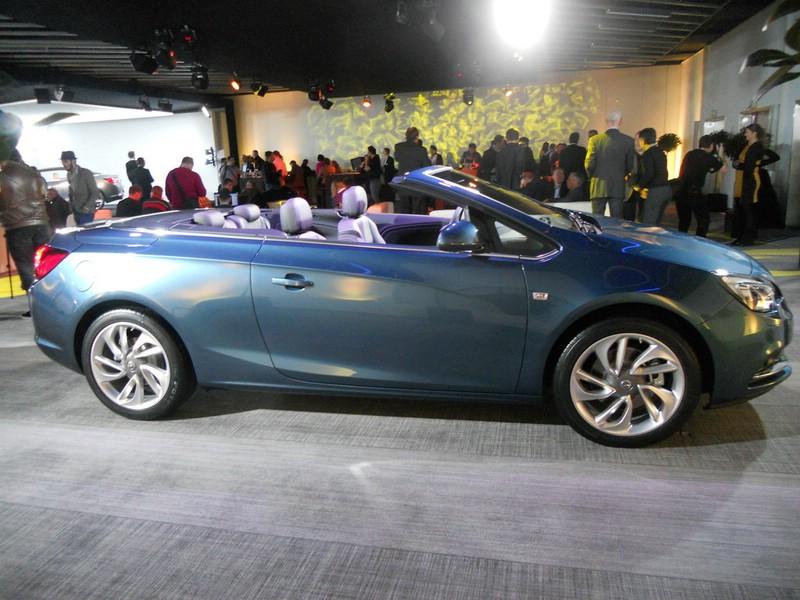 Vorstellung des Opel Cascada auf dem Genfer Autosalon 2013