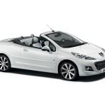 weißer Peugeot 207 CC Roland Garros mit 17 Zoll Felgen