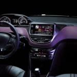 Das Armaturenbrett des Peugeot 208 XY sowie das Navi