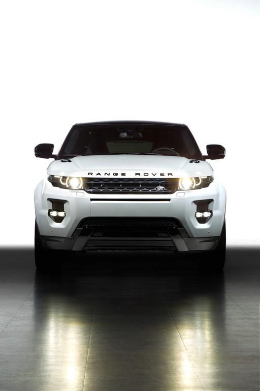 Range Rover Evoque Black Design in der Frontansicht
