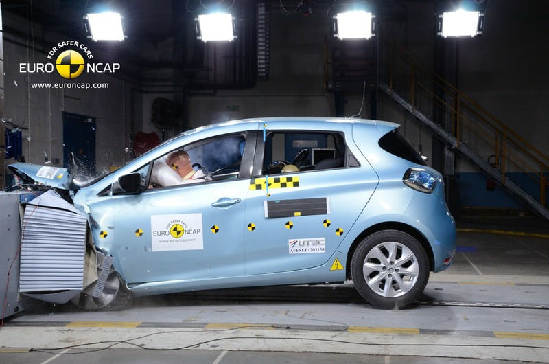 2013-er Renault Zoe beim Crashtest