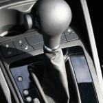 Der Schaltknauf des 2013-er Seat Ibiza Cupra