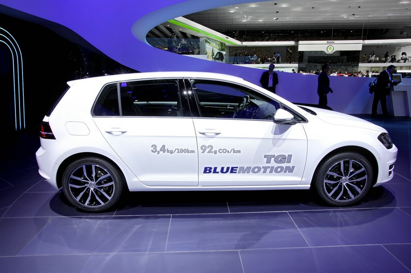 Die Seitenpartie des neuen VW Golf TGI Blue Motion