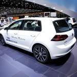 VWs kompakter Golf als TGI Blue Motion in Genf