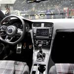 Der Innenraum des neuen Volkswagen Golf7 GTI