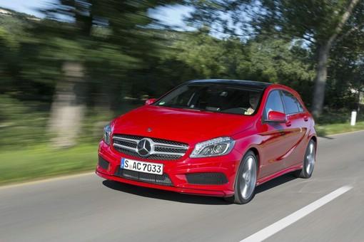 Die neue A-Klasse von Mercedes in rot (W176)