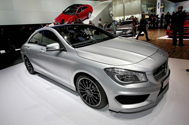 Präsentation des Mercedes-Benz CLA auf einer Veranstaltung