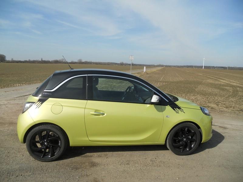 Opel Adam in der Außenfarbe Mojito Green