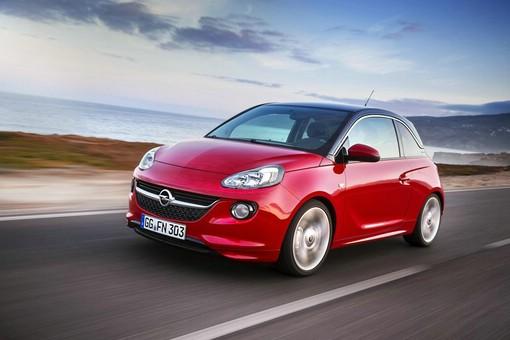 Opel Kleinstwagen Adam in der Front und Seitenansicht