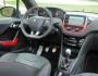 Der Lenkrad des Peugeot 208 GTI
