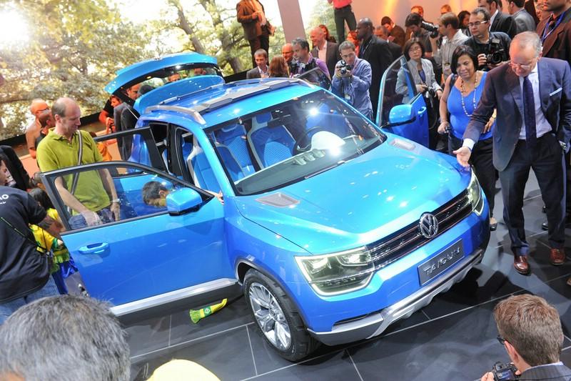 Volkswagen Taigun auf einer Autoshow
