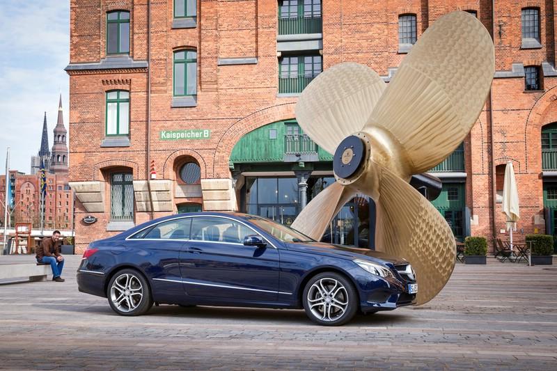 Mercedes-Benz E-Klasse Coupé in der Heckansicht