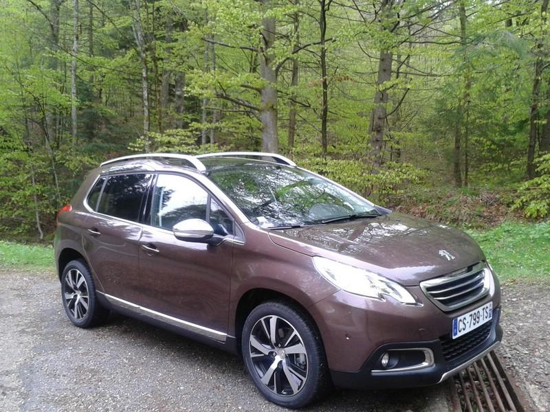 Die Stoßfänger des Peugeot 2008