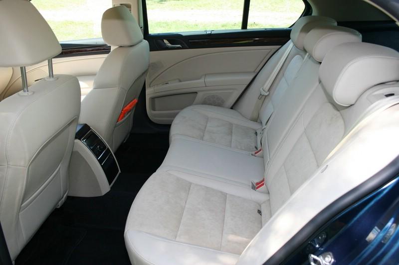Die hinteren Sitze des Skoda Superb
