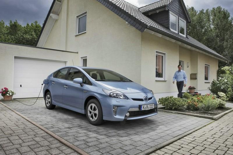 Toyotas Hybridauto Prius als Plug-in