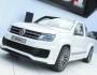 VW Amarok 3.0 TDI in weiss bei der Präsentation
