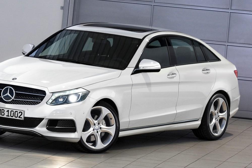 2016er Mercedes C-Klasse Fließheck in weiss