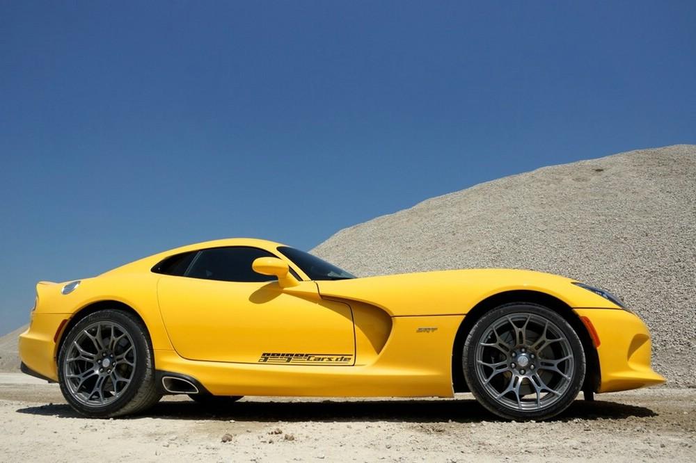 gelber Dodge Viper SRT mit 649 PS