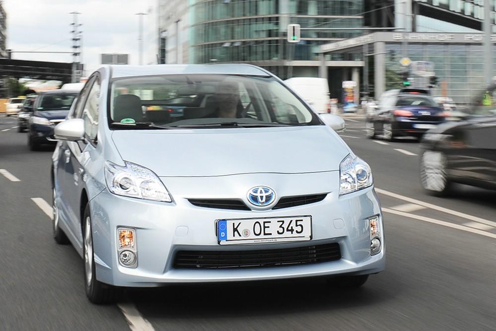 Hybridauto Prius vom japanischen Autohersteller Toyota