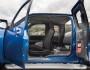 Überarbeiteter (2009) Mazda BT-50 mit geöffneten Türen