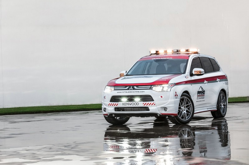 2013er Mitsubishi Outlander Pikes Peak Safety Car Exterieur